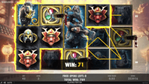 format of netents free spins feature on warlords: crystals of power